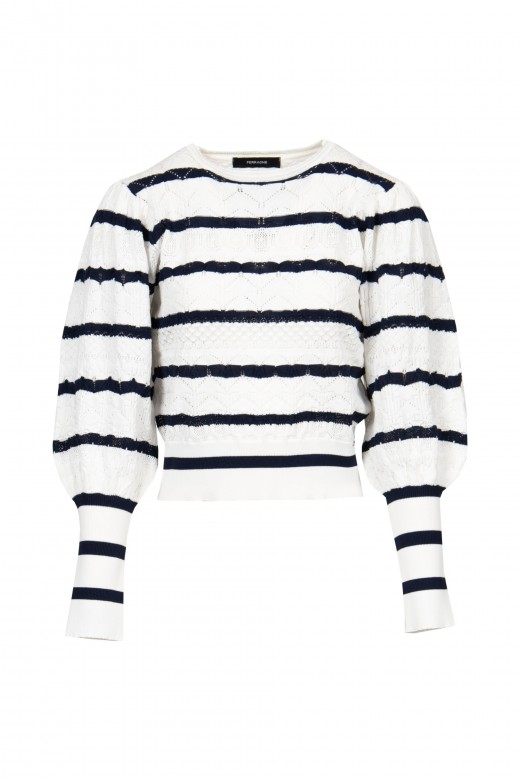 Striped knitted sweater with shaken sleeve