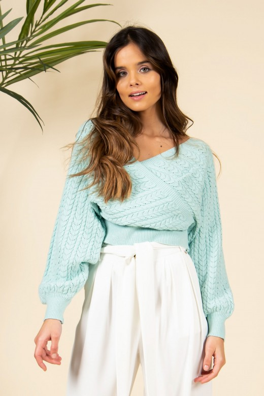 Shabby sleeved knit sweater