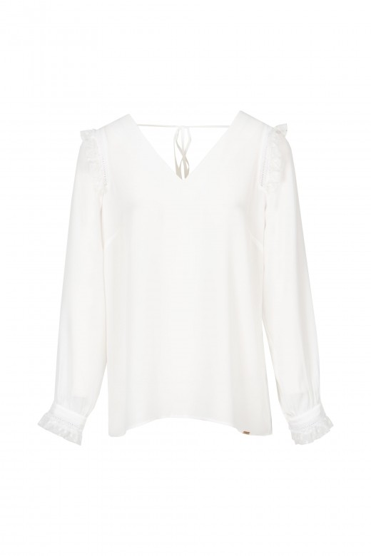 V neck blouse with lace