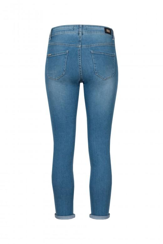 Skinny jeans cintura subida bolsos bordados