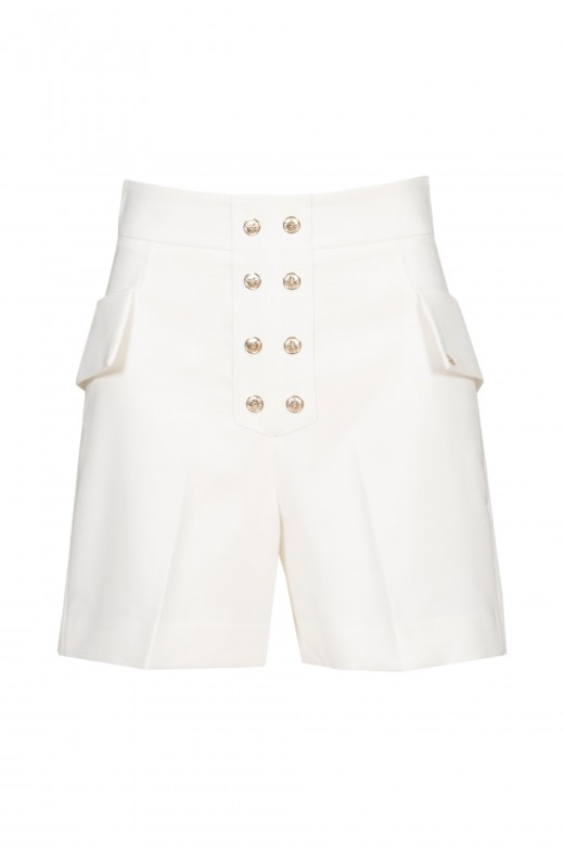 Shorts con bolsillos laterales