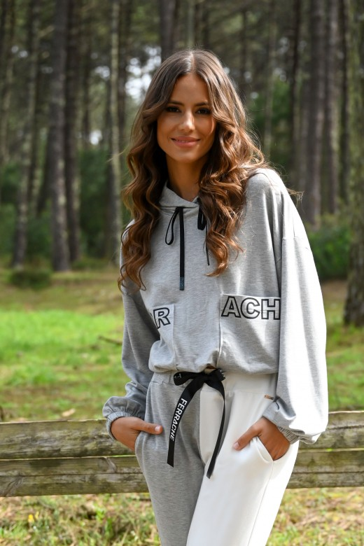 Sweater curta com bolsos logo