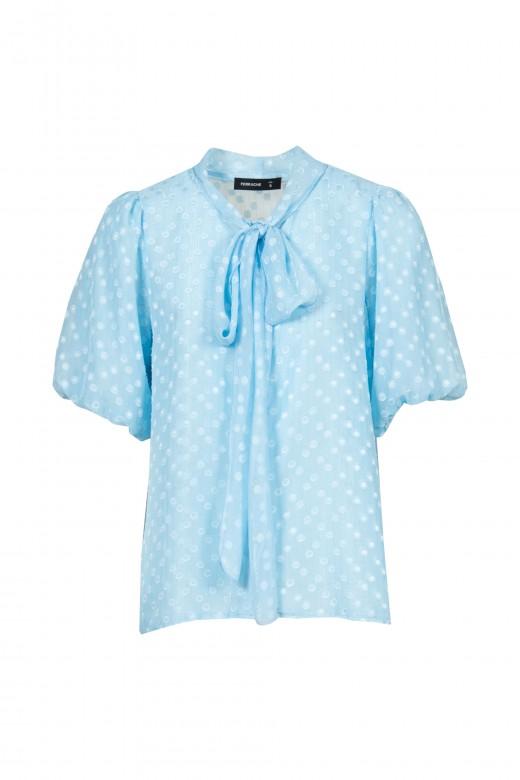 Bolas de blusa y encaje