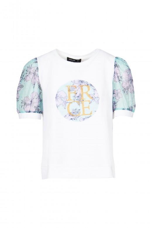 T-shirt logo com renda