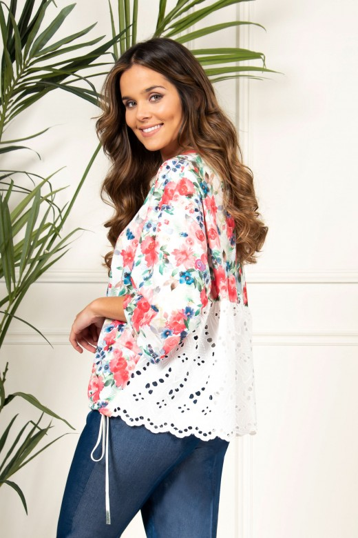 Flowery sweater with english embroidery