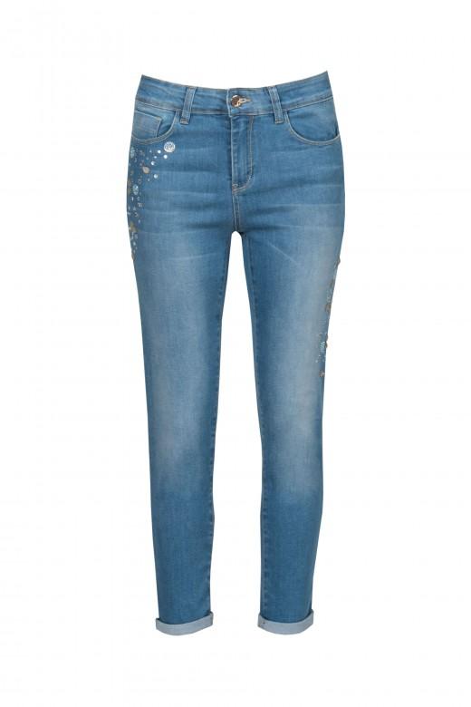Jeans push up con destellos