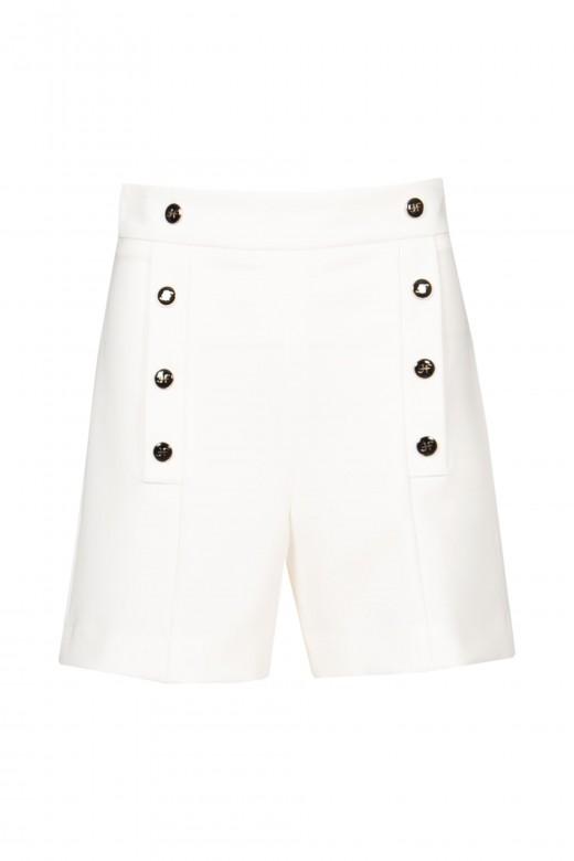 Pantalones cortos con botones