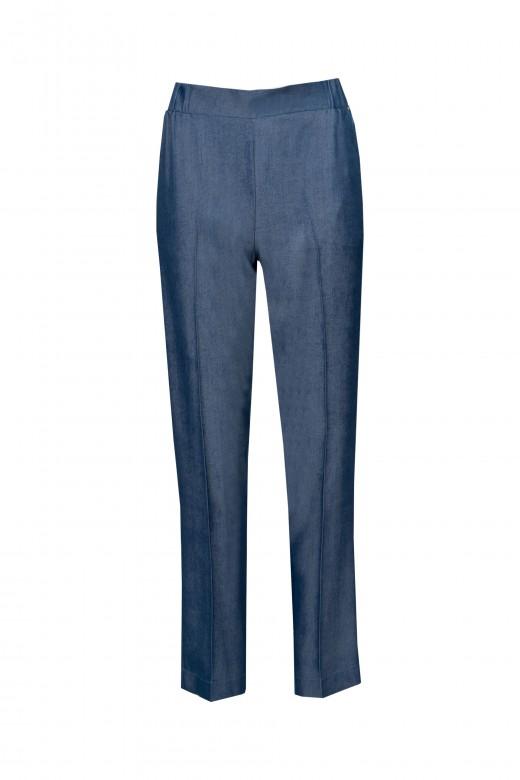 Thin denim trousers