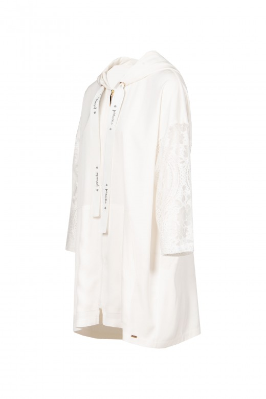 Lace parka with sleeve