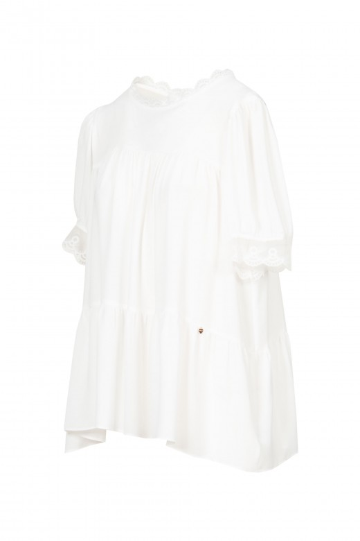 Godé tunic with lace