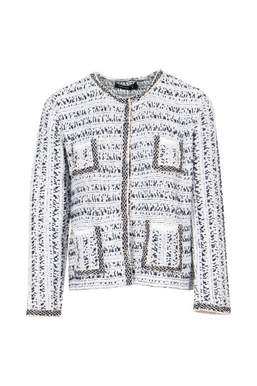 Knitted jacket channel