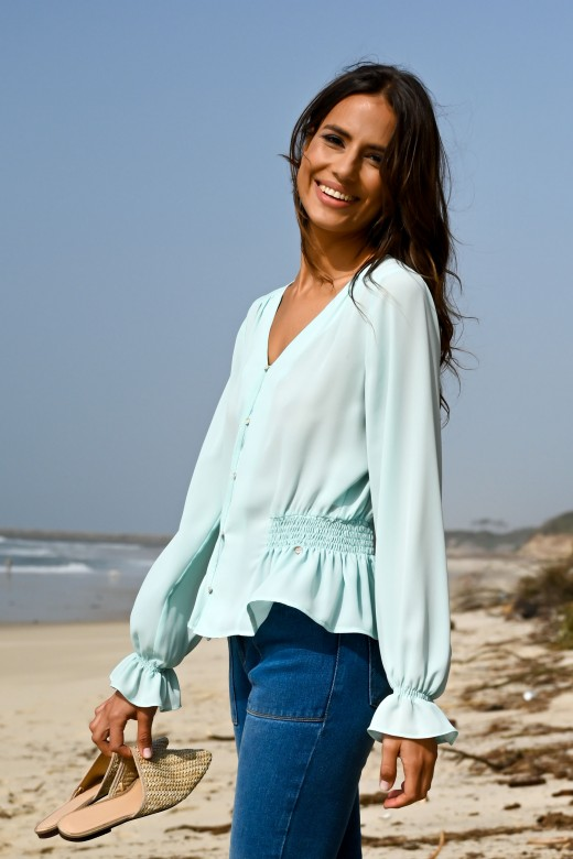 Blouse with v-neck and buttons