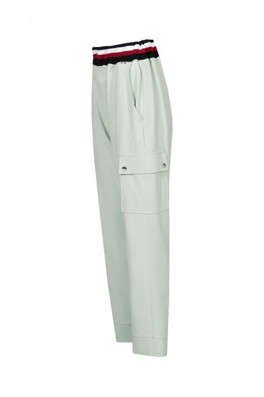 Flowing cargo pants elastic belt