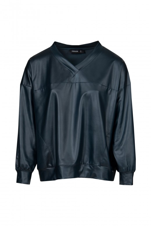 V-neck and cuff ecopele sweater