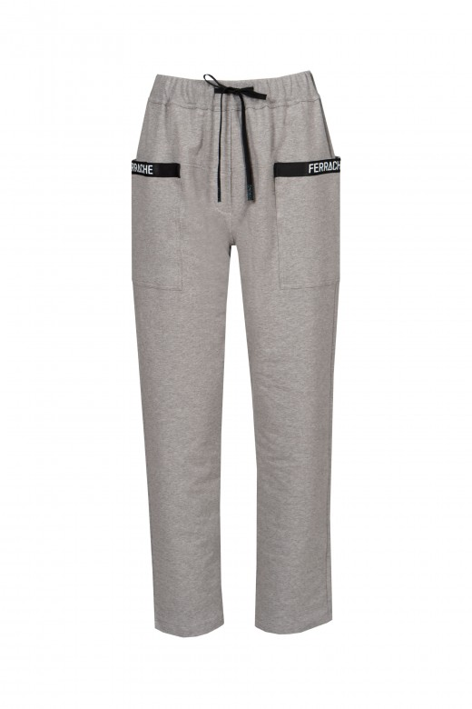 Jogger pants with side pockets