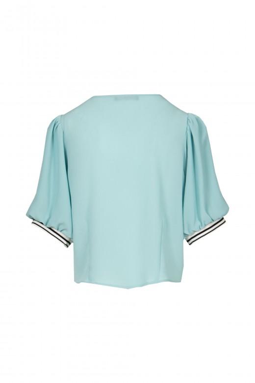 Blusa de manga curta abalonada e botões