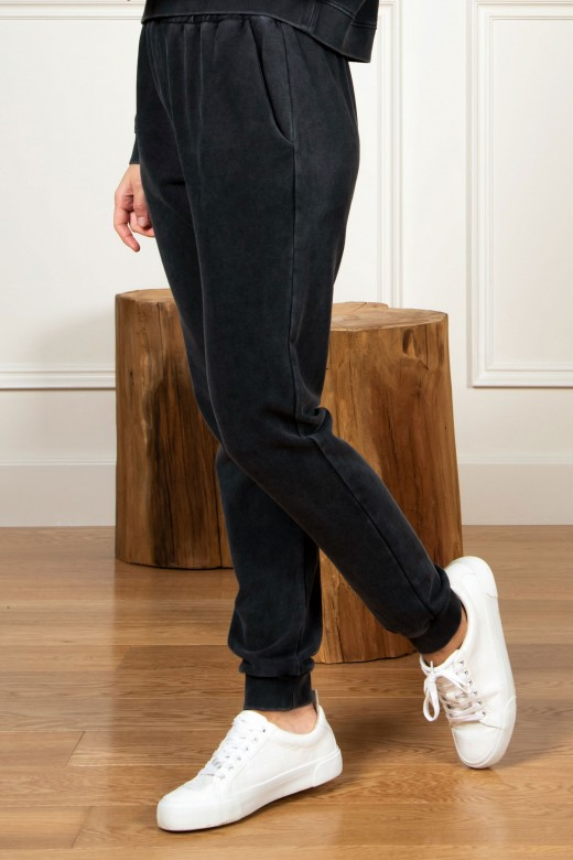 Jogger pants with elastic belt and cuff