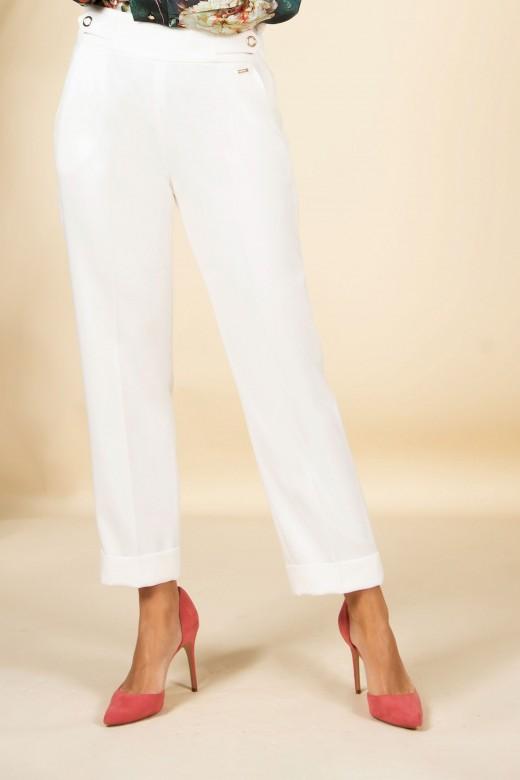 Pants with tweezers and bottom fold