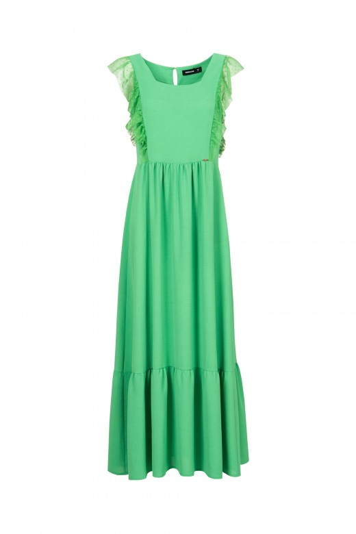 Long dress with ruffles in tulle