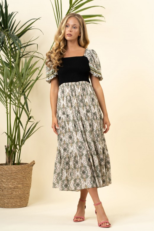 Dress with elastic chest