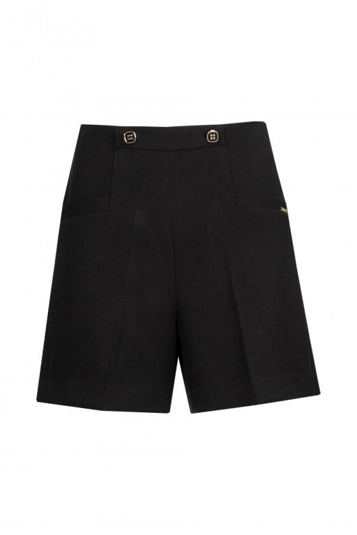 Up strap shorts