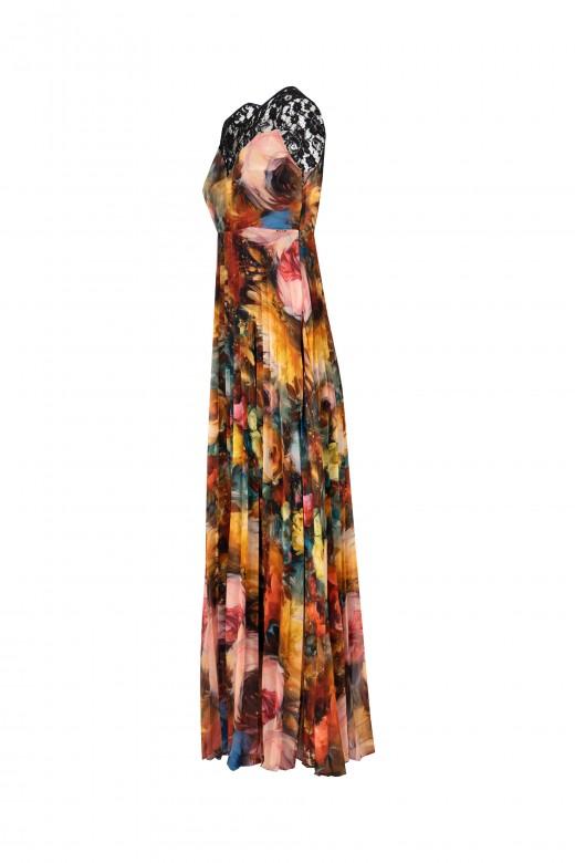 Robe plissée avec dentelle