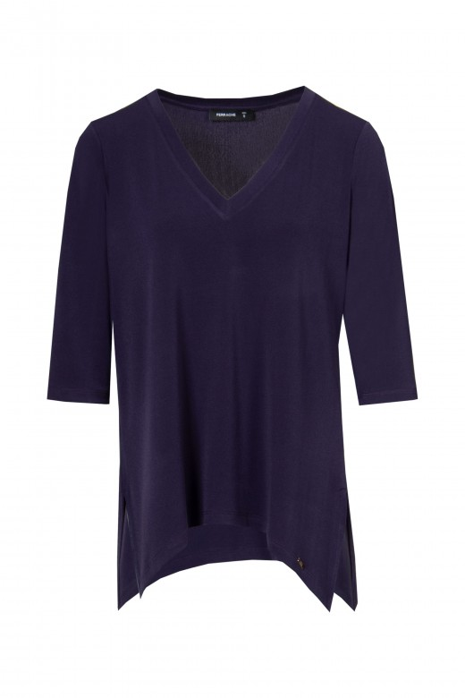 Tunic with side slits