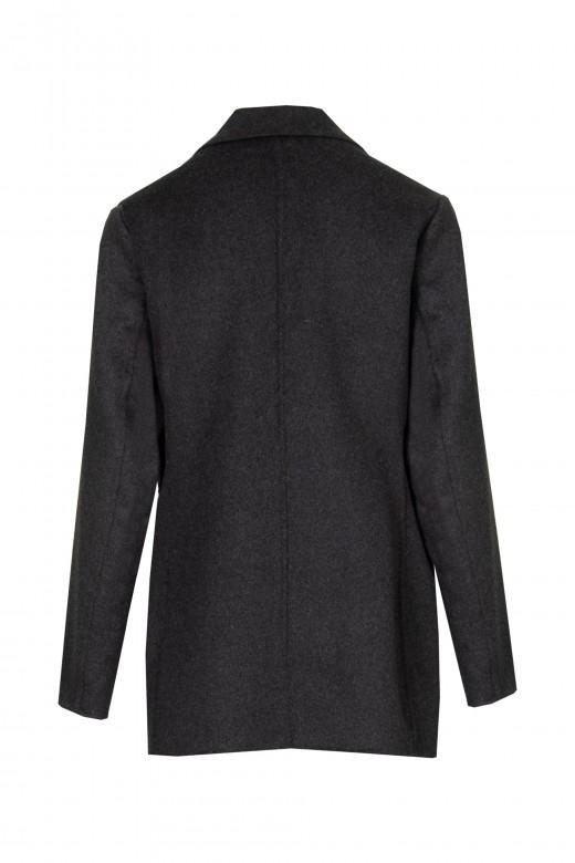 Manteau de ferme intrus