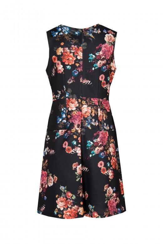 Evase dress