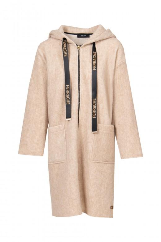 Abrigo de lana con capucha.