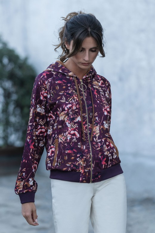 Jacket with contrasting fabric detail