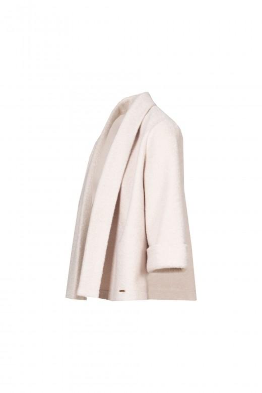3/4 open jacket